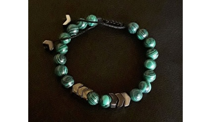 Artemis' Green Arrow (Energy Infused Bracelet)